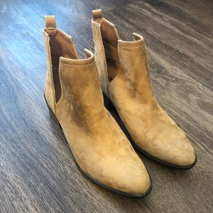 Tan Charlotte Russe Ankle Boots